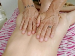 Babe Gets Hot Oil Massage