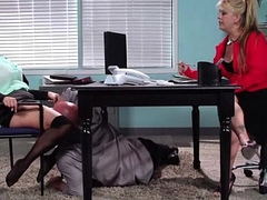 Rendezvous assistant shows her boss her flexibility 18