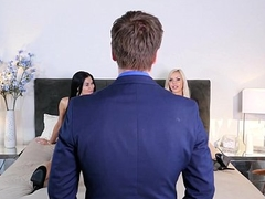 Kinky couple fuck in feign of an estate agent - Jasmine Jae, Nina Elle at one's disposal Bskow