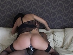 Slut wife trip BBC on couch - 666camz.net
