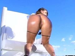 (abella danger) Curvy Oiled Butt Girl Enjoy On Cam Arse stab video-01