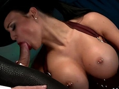 Jasmine Jae is in charge and demands a beamy dick