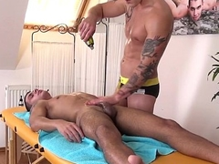 Handsome twunks cock tugged at near massage